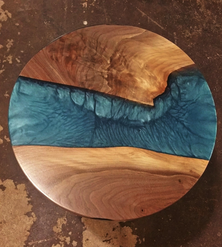 walnut-resin top view